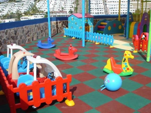 kids area Puerto Azul
